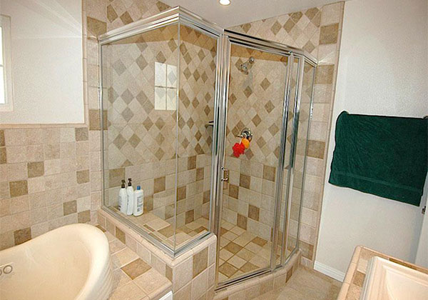 Fountain Valley Framed Shower Enclosure